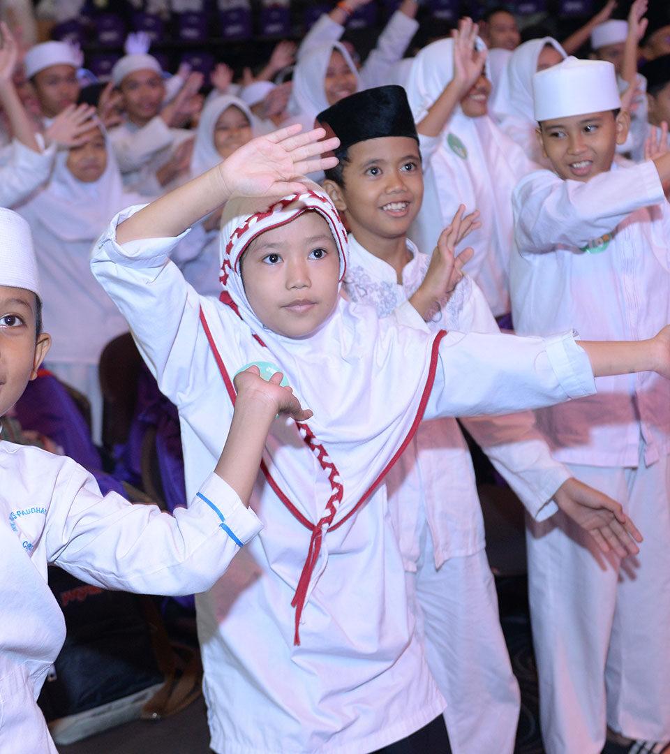 Asia 87 Buka Puasa Bersama 1000 Anak Yatim dan Dhuafa